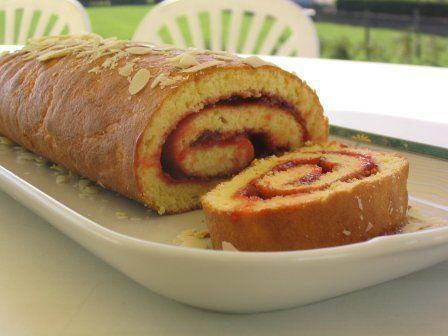 Photo n°1 du gâteau au roulé ; photo adressée par Nouchka