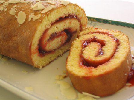 Photo n°3 du gâteau au roulé ; photo adressée par Nouchka